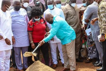 President Akufo Addo cuts sod for the commencement of Sports Infrastructures at Borteyman for African Games 2023